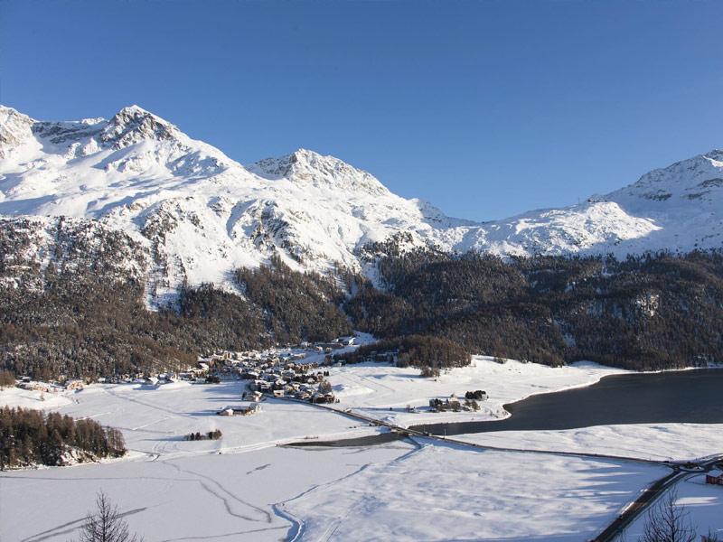 Nira Alpina, Switzerland