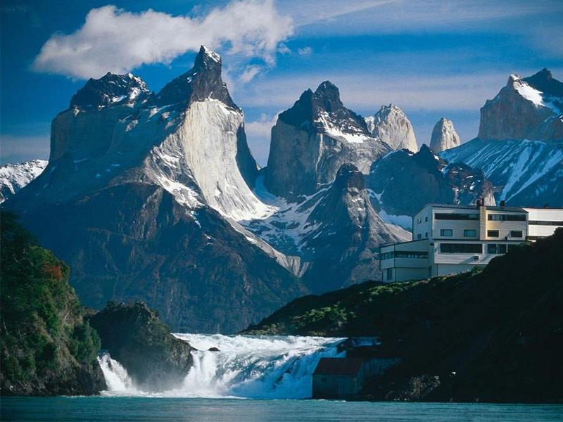 21 Most Stunning Mountain Resorts Around The Globe