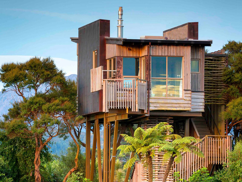 Amazing tree house hotels tripstodiscover hapuku lodge tree houses sisterspd