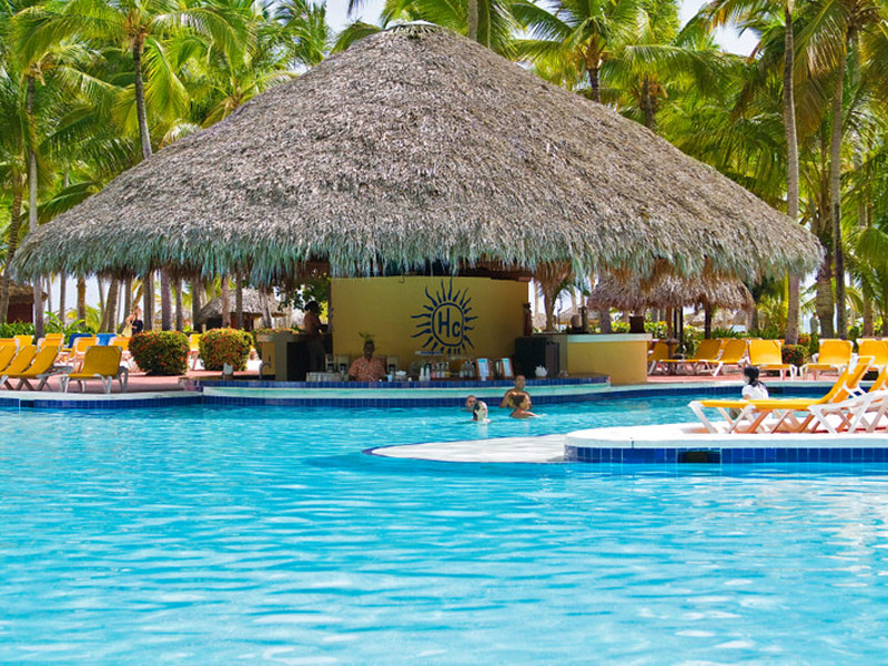 18 resorts and hotels with the most amazing swim up bars catalonia bavaro beach punta cana dominican republic publicscrutiny Image collections