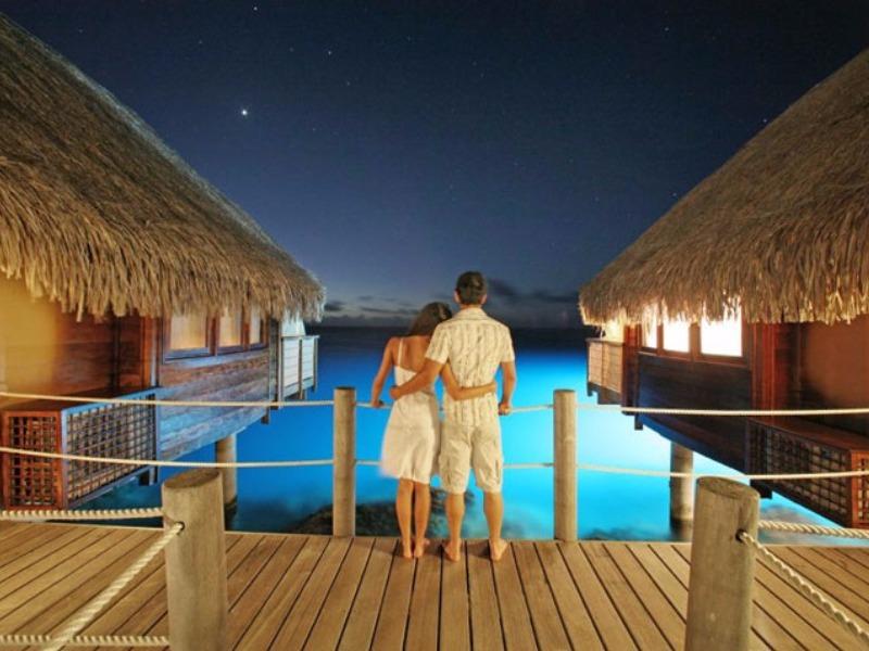 10 Of The Most Romantic Honeymoon Resorts In Bora Bora
