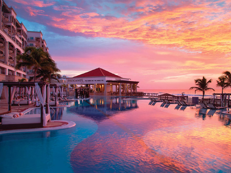 World S 8 Best Hotels With Swim Up Suites With Photos