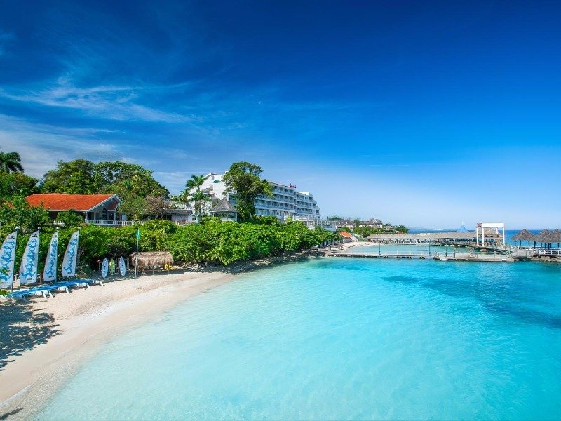 Sandals Grande Ocho Rios Beach Resort