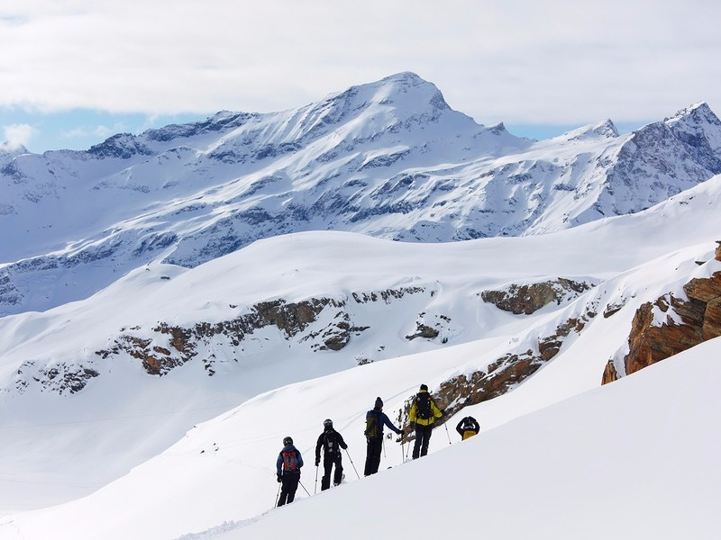 Alagna skiing