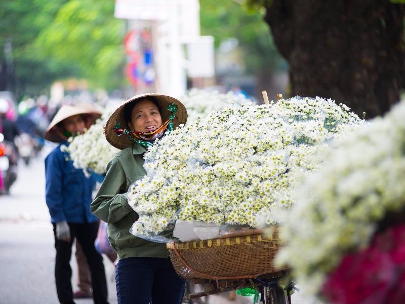 vendor in Hanoi, Vietnam