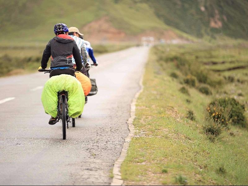 biking Tibet