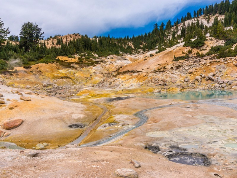 The best weekend getaways from san francisco for Lassen volcanic national park cabins