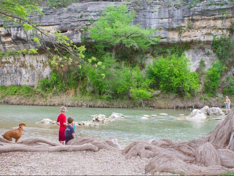 14 best things to do in the texas hill country for Floating the guadalupe river cabins