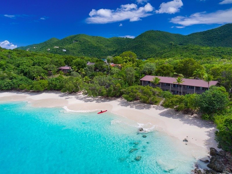 12 best caribbean honeymoon resorts with photos for Top caribbean honeymoon resorts