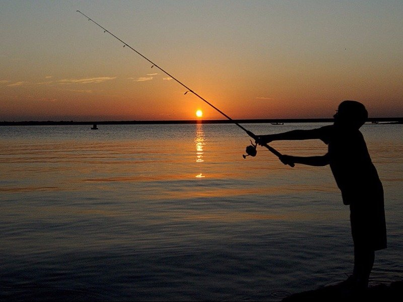 12 best places to go fishing in texas for Bass fishing in san antonio
