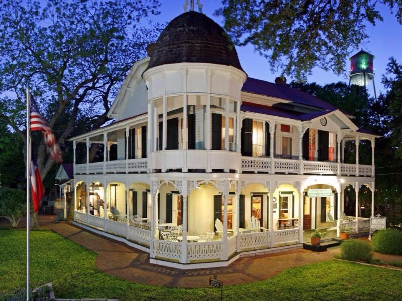 10 Of The Most Romantic B Amp Bs In Texas Hill Country