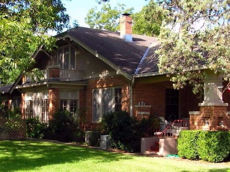 10 of the most romantic b bs in texas hill country for Magnolia house bed and breakfast texas