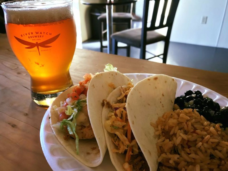 Beer & tacos at Riverwatch Brewery
