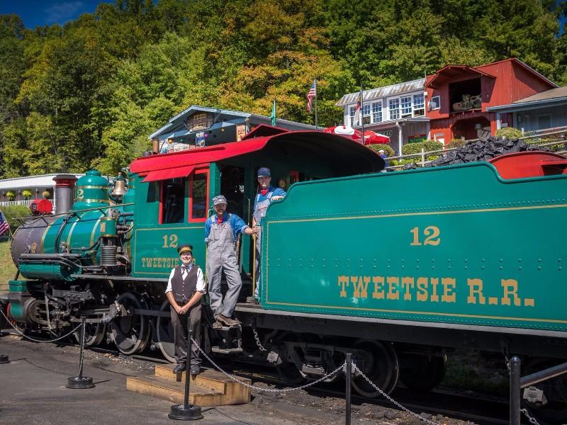 Take A Ride On The Tweetsie Railroad Nearby Hotels