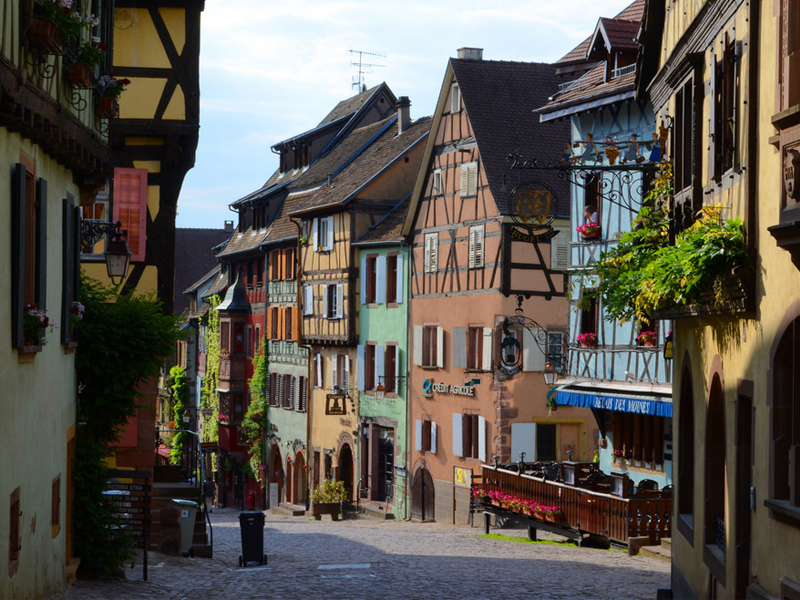 9 Storybook Towns in France You Must Visit - TripsToDiscover