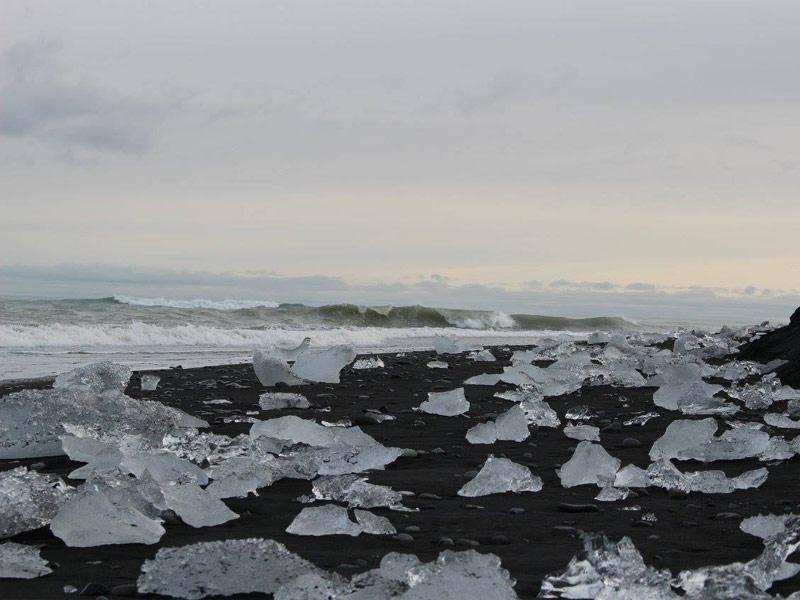 Jogulsarlon Black Sand Beach