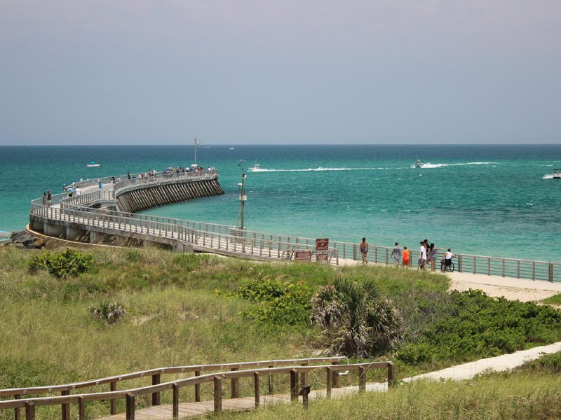 12 best atlantic coast beaches in florida tripstodiscover for Sebastian inlet fishing pier