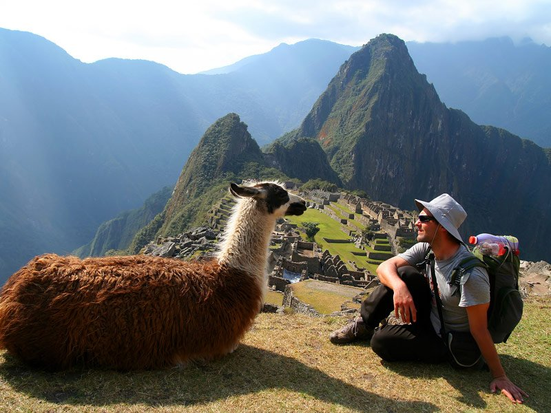 Best Group Travel For Solo Travelers