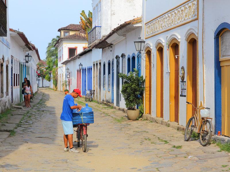 Paratay, Brazil