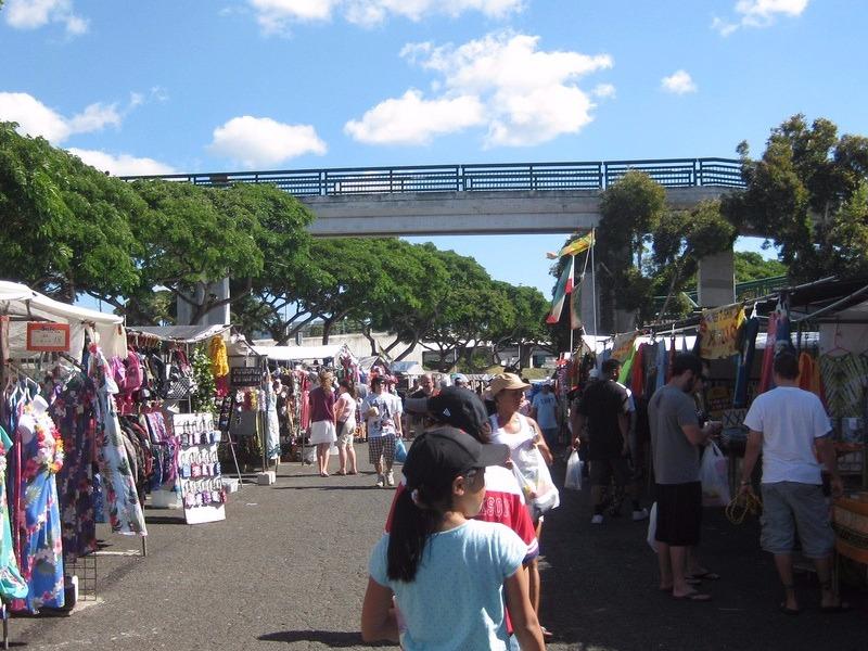 Aloha Stadium's Swap Meet