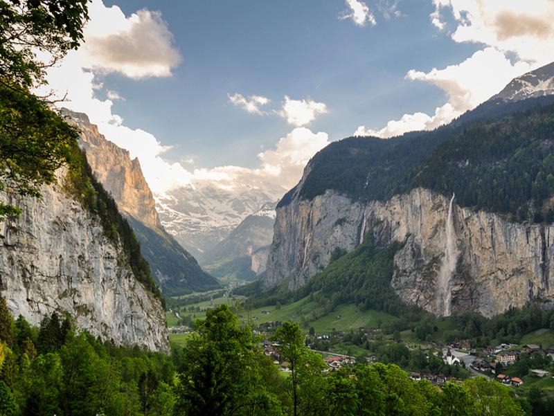Gimmelwald Lauterbrunnen Valley Swiss Alps