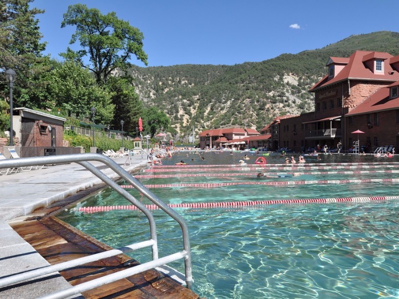 Glenwood Hot Springs pools and amusement park