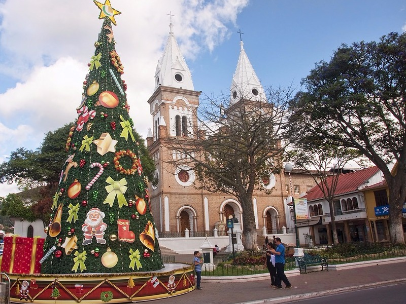 quito ecuador - Cheap Places To Go For Christmas