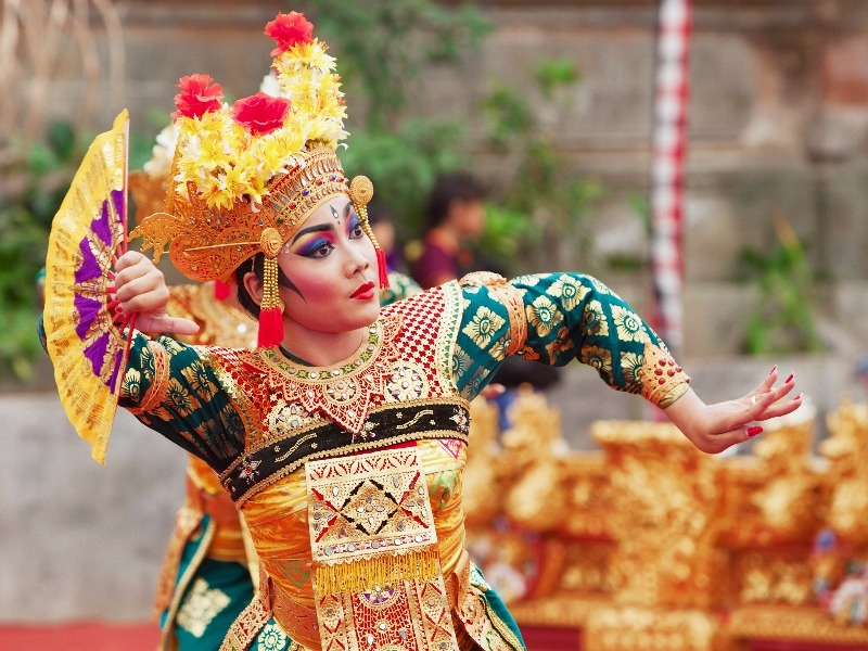 Traditional Balinese Cultural Performance