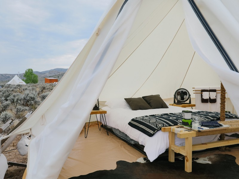 8 Best Places to Go Glamping in Colorado (with Photos