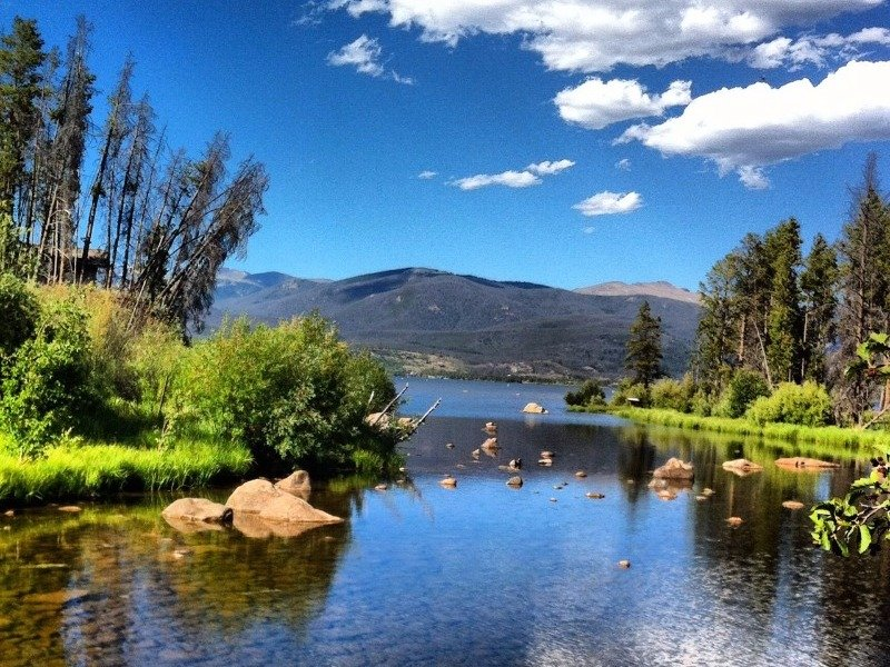 9 Best Places to Camp By the Water in Colorado - TripsToDiscover