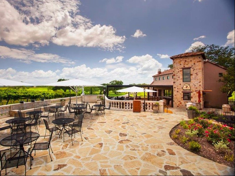 12 best wineries to visit in texas with photos tripstodiscover