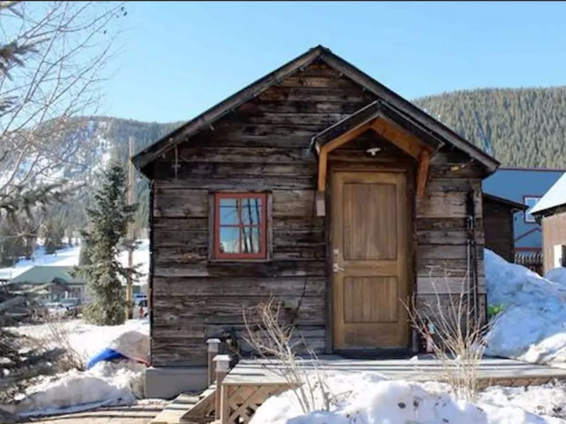 10 coolest airbnb vacation rentals in colorado for Cabin rentals co