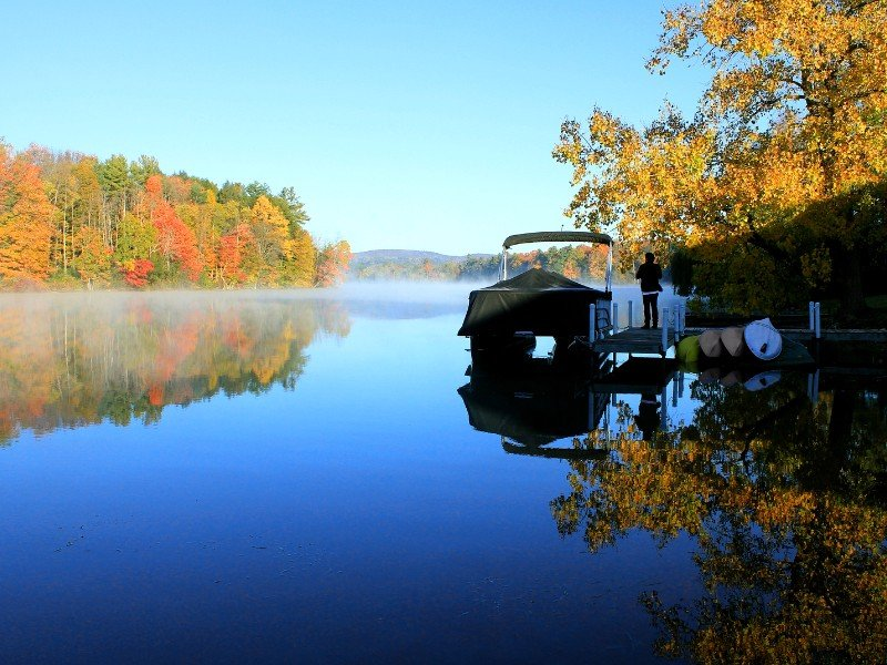 8 Most Beautiful Places In New England To See Fall Foliage
