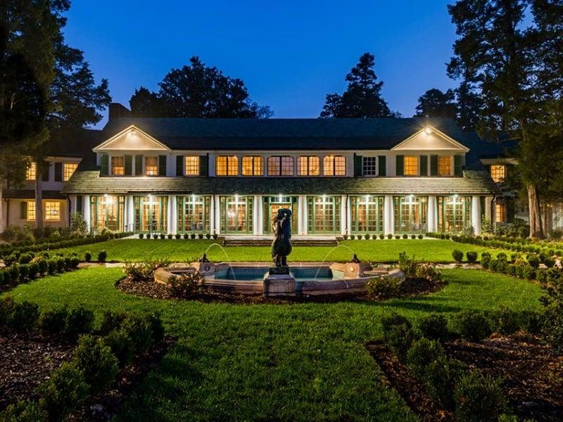 7 Most Beautiful Historic Homes to Visit in North Carolina