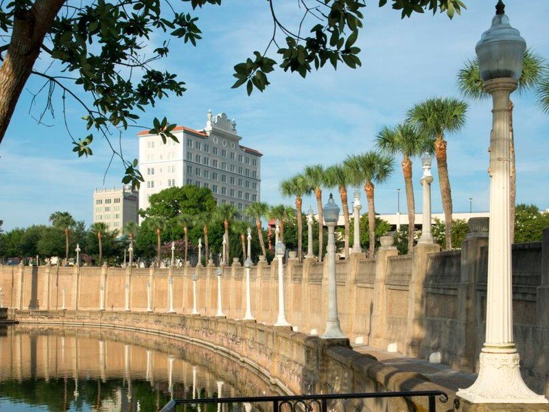 10 beautiful historic hotels in florida for Lakeland hotel terrace