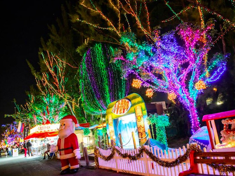 top 10 must visit christmas towns in florida tripstodiscover
