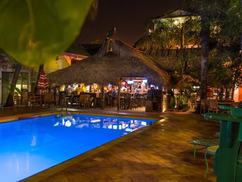 11 Best Tiki Bars Amp Restaurants In Florida Tripstodiscover
