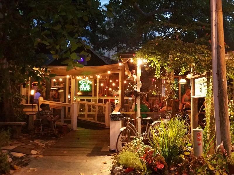 11 best seafood restaurants on florida s gulf coast for Sarasota fish restaurants