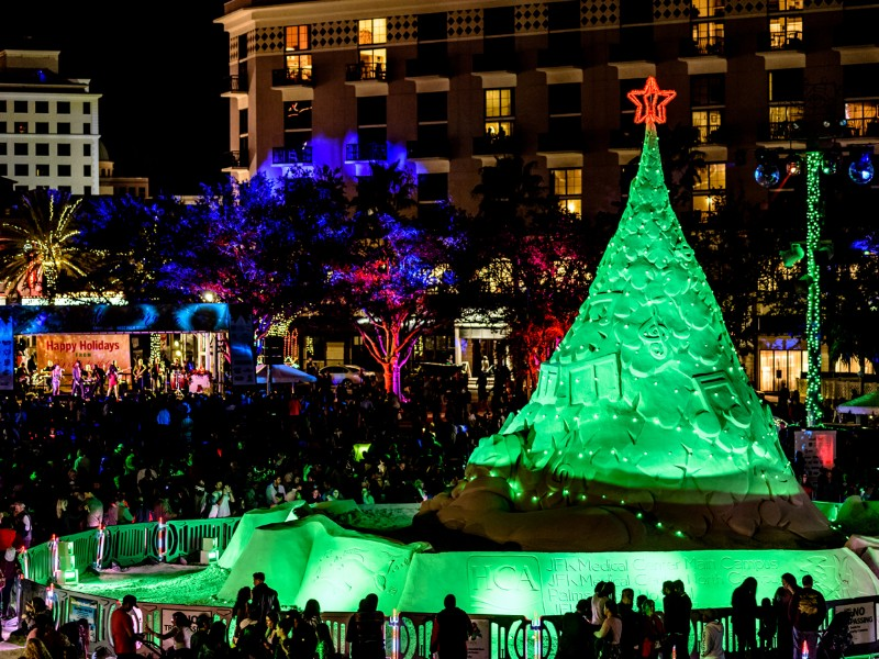 Must-Visit Christmas Towns in Florida