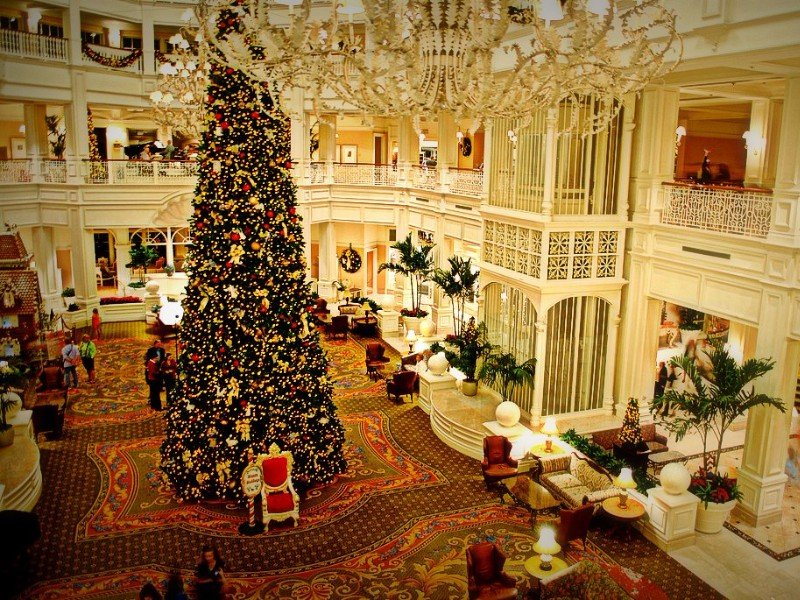 12 Best Florida Hotels To Visit This Christmas