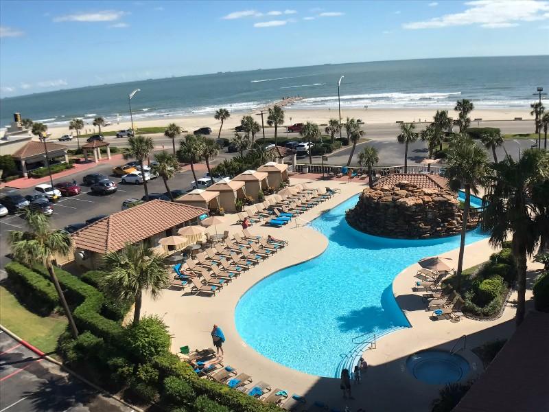 Hotels Near Galveston Island Convention Center