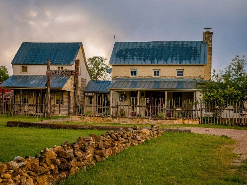 Bed And Breakfasts Near Luckenbach