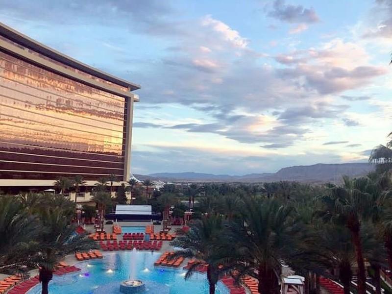 Best Airline Hotel Deals On Vegas Strip
