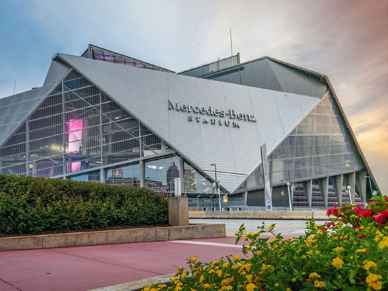 Mercedes benz stadium in atlanta ga know before you go for Mercedes benz stadium atlanta hotels