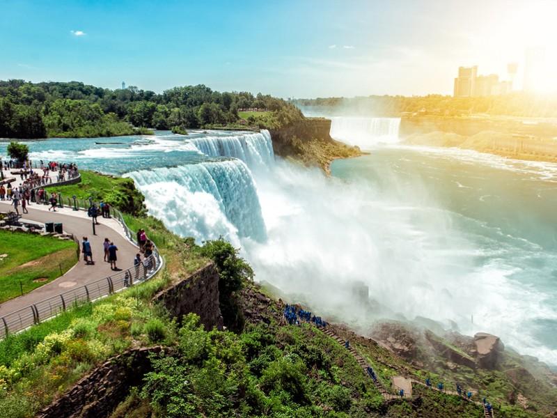 Car Parking At Niagara Falls Ny