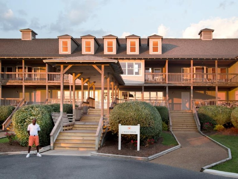 Sanderling Resort Duck The Offers An Exclusive Beach Vacation Experience In Nc