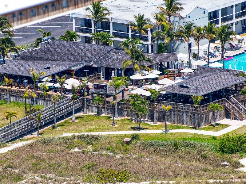 Where Can I Get A Key Copied >> 13 Best Beach Bars in Florida You Can Enjoy This Summer ...