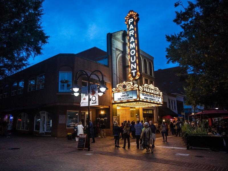 Nhà hát Paramount