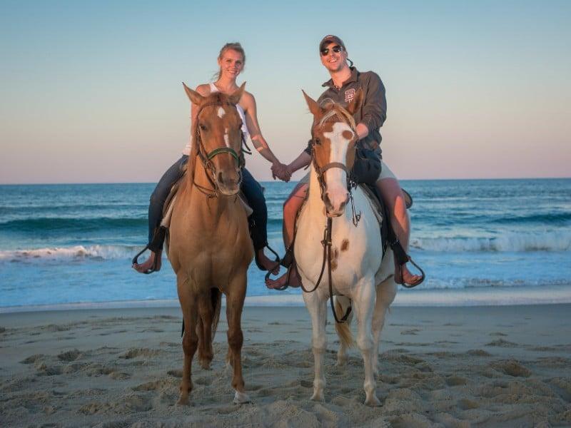 cưỡi ngựa trên biển