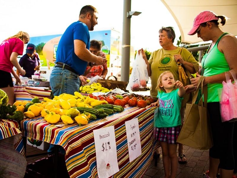 chợ nông sản
